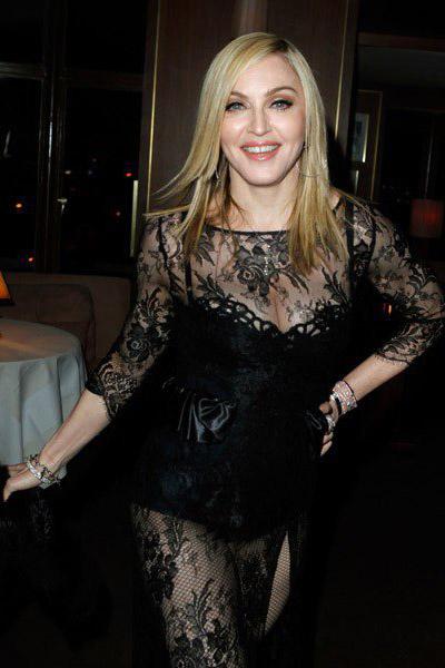 Feb 2011 Madonna News Updates Mad Eyes