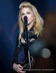 Madonna @ MDNA Tour - Photo by Josh Brandão