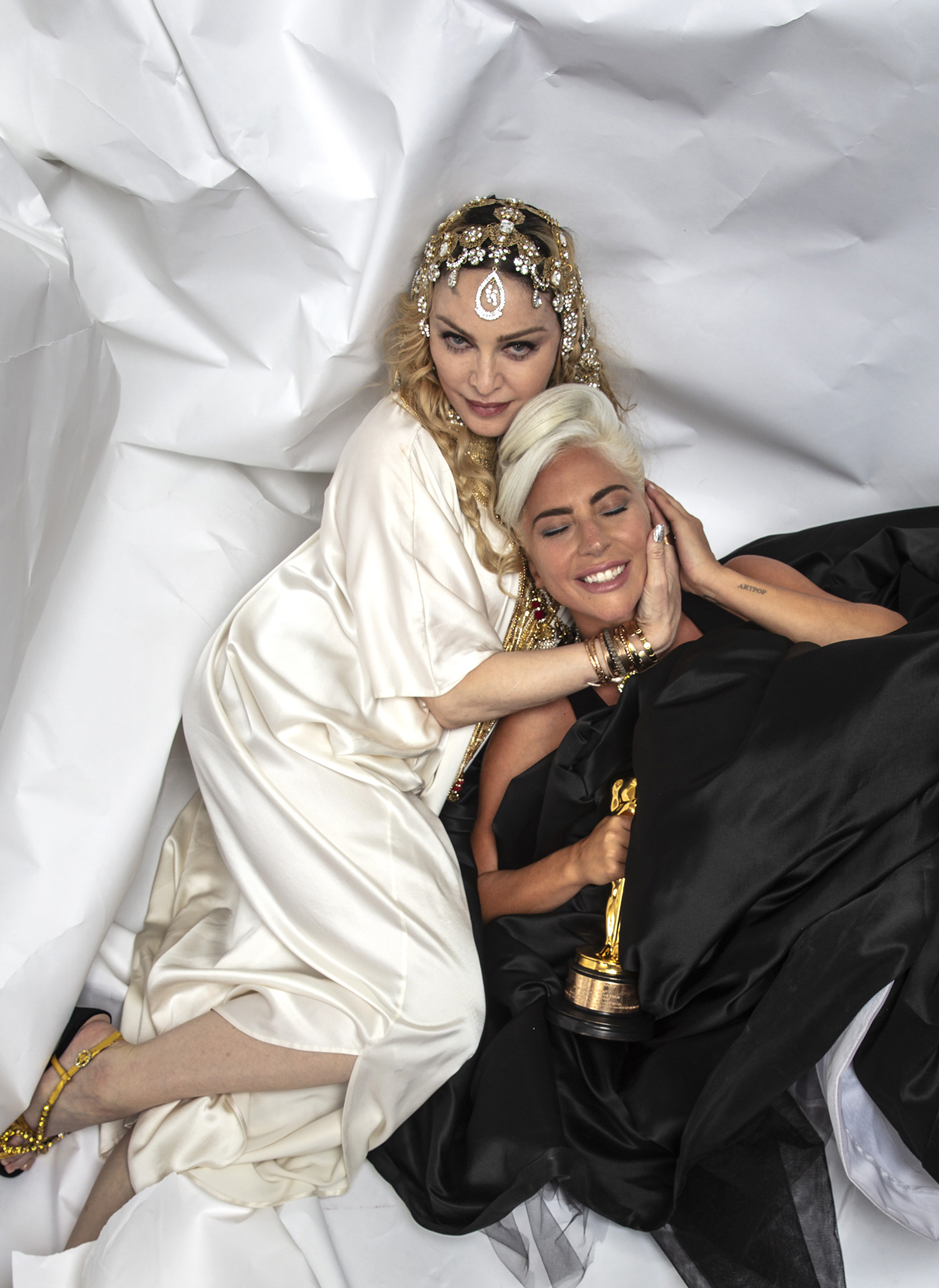 lady-gaga-madonna-oscars-after-party01_x